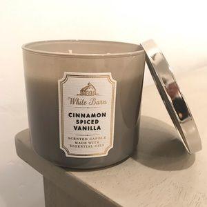 Cinnamon Spiced Vanilla 3 wick candle B&BW